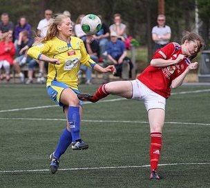 Lisa Marie Karlseng Utland, her i aksjon for Trondheims-Ørn, satt på benken da Norge tapte mot Nederland i går. Foto: Stein Langørgen