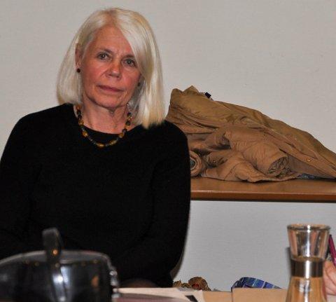 GOD KONTROLL: Notodden kommune støtter seg til retningslinjene fra Folkehelseinstituttet når det gjelder bruk av smittevrenutstyr. Det bygges nå opp et laget for å møte en forventet smittetopp, forteller kommunallsjef Anne Grte Rønningsdalen.