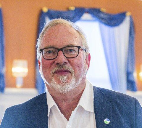 Ordfører Per Kr. Lunden sier at boplikten også var et tema da programmet til Arbeiderpartiet skulle jobbes med. Programmet ble ikke klart og det jobbes nå med formuleringer.