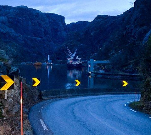 MOT LYSERE TIDER: Titania planlegger for mer aktivitet. Her fra lasteanlegget i Jøssingfjord i romjulen.