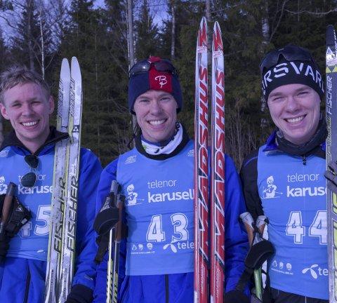 BRØDRETRIO: Simen (f.v.), Anders og Vetle Naterstad var aktive på mange felt under oppveksten på Nykirke. Lørdag møttes de i sesongens siste poengrenn.