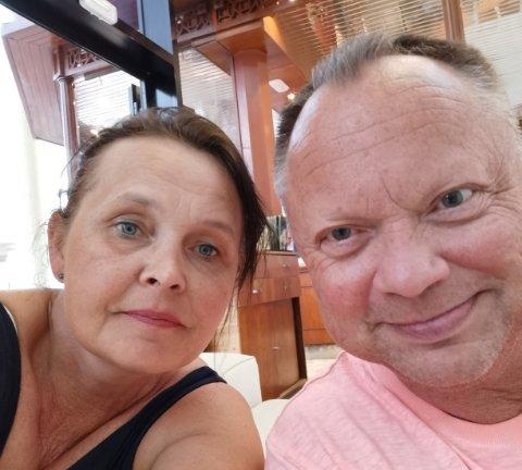 FÅR REISE HJEM: Kjell Even og Elin H. Teslow får reise hjem til Norge onsdag etter tre ekstra døgn på Tenerife.
