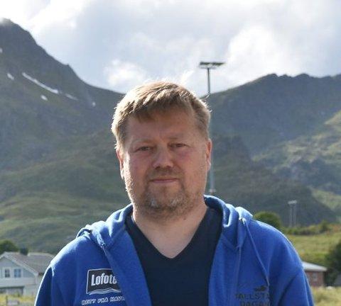 TO JOBBER: Tor Arne Fikseth er daglig leder ved Lofoten Oljesenter AS og økonomisjef ved Hemmingodden Lodge AS