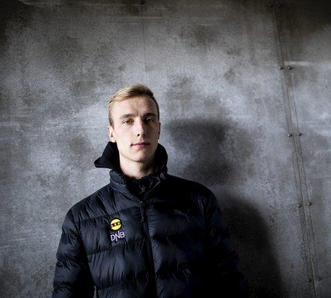 BLIR TILSKUER: Tobias Salquist må se de tre neste LSK-kampene fra tribunen etter at han fikk dommen fra disiplinærutvalget til Norges Fotballforbund. FOTO: LISBETH LUND ANDRESEN