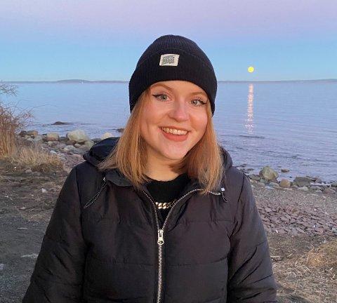 SPENT: Torunn Sørli fra Steinkjer kom inn på førsteønsket sitt på høyere utdanning i år. Hun var ikke i tvil da hun svarte ja på tilbudet med en gang. Nå gleder hun seg til starte på et nytt studium og skape nye realsjoner.
