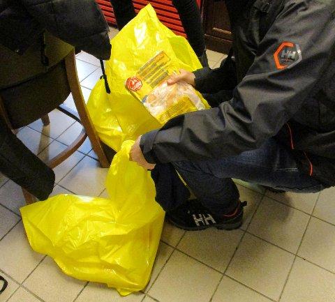 Ved ett serveringssted i Bergen ble det belaglagt ulovlig kjøtt under A-Krim-aksjonen fredag kveld.