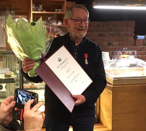 Knut von Trepka får Kongens Fortjenstmedalje