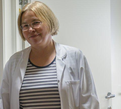 KONTROLL: Kommuneoverlege Anette Ester seier smitteutrotet ved Havyard no er over.