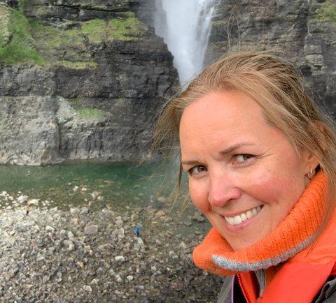 ERSTATNING: ordfører Hilde Nyvoll konstaterer at erstatningen for tapt vann i Mollis-vassdraget endte langt unna det som var kravet. - Men penger er penger, og vi skal forvalte dette fondet på en god måte
