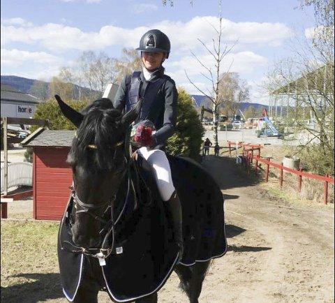 LÆRTE MYE: Maria Louise Kingsrød og Clarkes Ferro la et godt grunnlag i Spania før de startet Grand Prix i Norge.