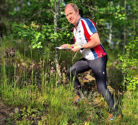 MER MOTIVERT ENN NOENGANG: – Da o-laget i Rakkestad, Skaukameratene ble en del av Indre Østfold O-klubb, fikk jeg kraftig fornyet motivasjon. Derfor konkurrerer jeg også så mye jeg overhodet kan - også nå i miniløp under Korona-restriksjonene, forteller Sture Ottesen (62). FOTO: PRIVAT