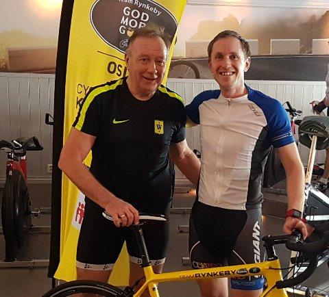 KLAR: Bjørn Erik Tuv (til venstre) har satt siktet på Paris. Her fra spinningøkt på Velotel med tidligere proffsyklist og TV2s dopingekspert Mads Kaggestad.