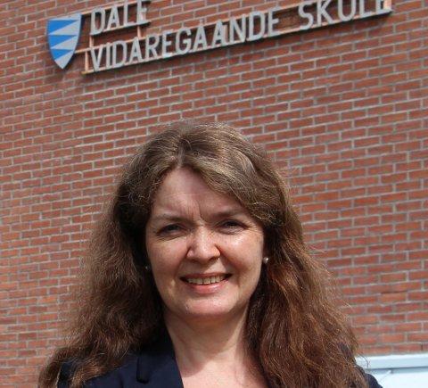POSITIV: – Utvalet si innstilling er god distriktspolitikk, meiner Gro Fivelsdal, som er rektor ved Dale vgs.