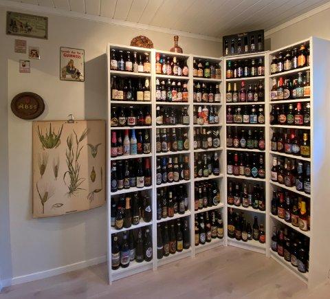 MÅ BORT: Øyvind Lie har litt av en samling med øl, som han nå vil bli kvitt.