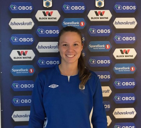 SCORING OG RØDT KORT: Amalie Strømme kunne notere seg for kampens eneste scoring. Og kampens eneste røde kort.