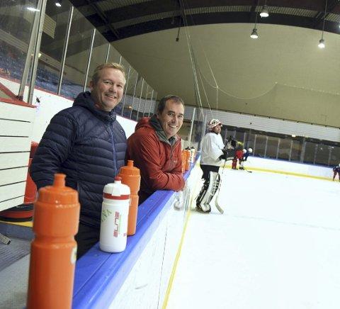 Leder i Hordaland ishockeykrets, Ørjan               Berntsen (til venstre) og styreleder i Bergen Ishockeyklubb, Bjarte Skage, jobber for å snu det håpløse omdømmet ishockeyen i Bergen lider under. Foto: Einar Lundsør