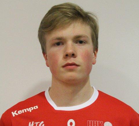 TOK ANSVAR: 17 år gamle Jon Kristoffer Solvang Kringeland scoret tre mål for HHK søndag.