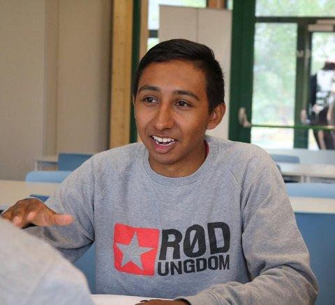Mateo Norheim: Lekser reproduserer klasseforskjeller, derfor vil vi i Rød Ungdom ha leksefri skole!