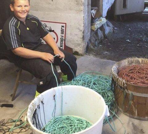 STOLT: Henning er stolt over den flotte kveitevaden han fikk helt gratis av folk som hadde lest om han.
