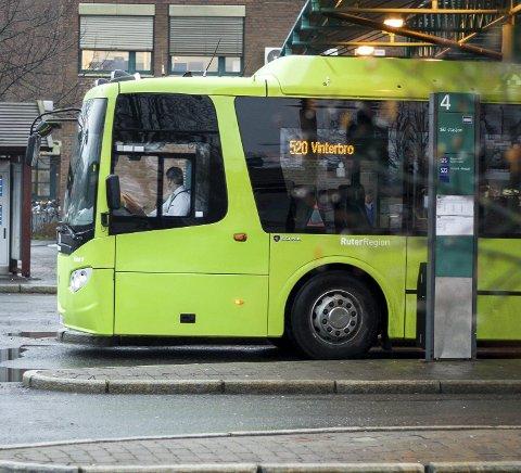 NYE TIDER: Flere busslinjer endres.