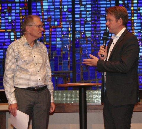 Hva er mobbing? Debattleder Terje Wollan Dahl og stortingsrepresentant Anders Tyvand (KrF).