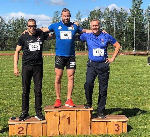 ØVERST: Bjørn Terje Pay fra ROS vant klassen 45-49 år og satte mesterskapsrekord.