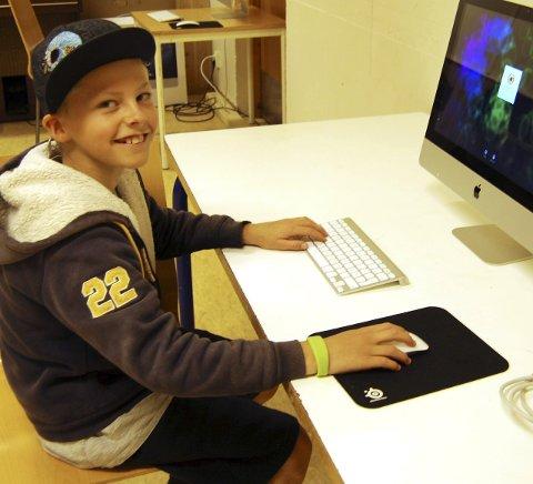 Redigere: David Klevstadlien (10) gledet seg til å redigere filmen.