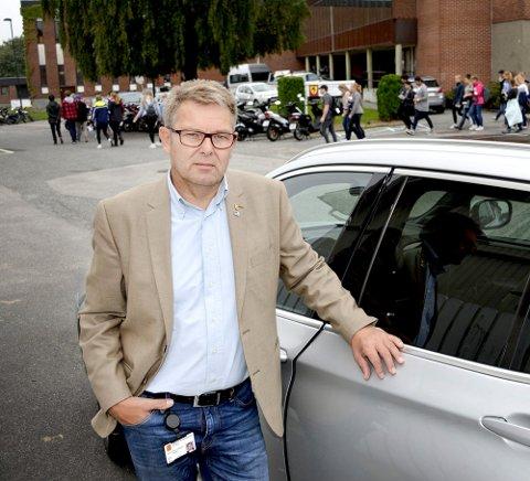 FØLGER OPP: Politiker Halvor Berg-Hanssen følger opp en kvinnes dødsfall, men vil vente på politietterforskningen.