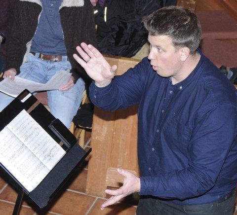 Fransk verk: Requiem av Maurice Durufle, komponert på 1940-tallet, skal etter planen framføres med flere profesjonelle sangere og musikere i Tingnes kirke søndag 25. oktober.