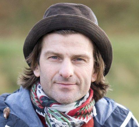 Til høsten kan du se han i teaterstykket «Vestland, Vestland». Foto: Magne Turøy
