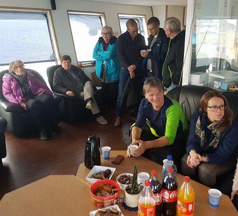 1. november 2016 dro kommuneplanutvalget i Randaberg på studietur til blant annet Finnøy for å lære mer om fiskeoppdrett. Brevskriver Alexander Rügert-Raustein nummer fire bak fra venstre.