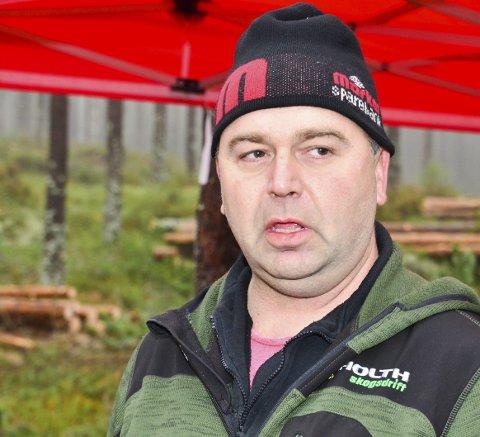 Trekker seg: Jan Birger Holth mener regjeringa får ta ansvar for rovdyrhendelser på Rømskog.Foto: Øyvind HEnningsen
