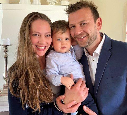 NY EPOKE: Kristine Øverby er tilbake i Aurskog. Sammen med samboer Øyvind startet hun en ny epoke i livet da lille Leander kom til verden for 15 måneder siden.