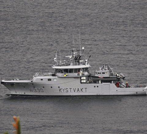 På tur: Kystvaktskipet «Nornen» har vært på oppdrag ved Holmestrand.foto: Trygve Eriksen