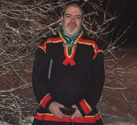 Anmelder: Hans Petersen mener avisa Nordlys har publisert hatefulle ytringer mot samer. Nå anmelder han Tromsø-avisa. Arkivfoto