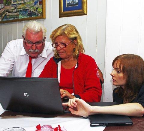 BEKYMRET: Ivar Granum, Anne-Hilde Rese og Eline Bakke ser fort at Hurum Ap kunne trengt en representant til.
