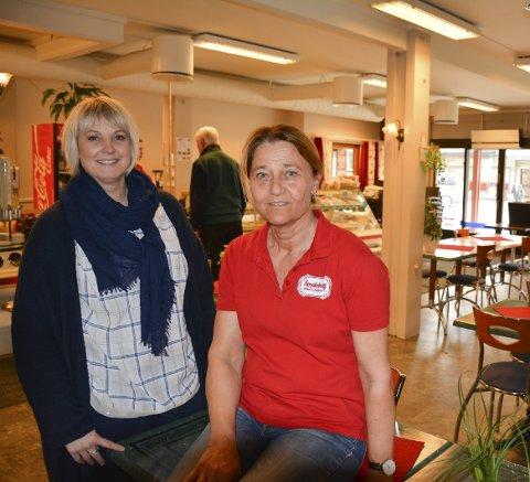 Helaften: Koordinator Tone Johansen (45) fra Bjørgeboden og innehaver Signe-Lise Mørk (60) inviterer damer i alle aldre til damenes aften på Spydeberg Bakeri og Konditori.