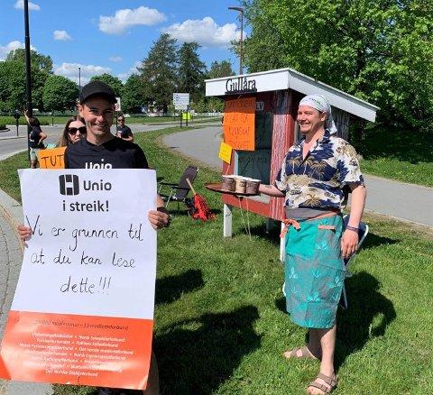 UNIO: Streikemarkering i Moelv under Unio-streiken 2021. Fylkesleder Thore Johan Nærbøe i Utdanningsforbundet sier han er takknemlig og stolt over både de som har stått på barrikadene i Ringsaker, og alle tillitsvalgte som har bidratt.