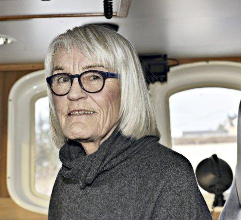 FISKEREN: - Jeg har fortsatt ikke skjønt at jeg er pensjonist. Jeg lever og ånder for dette ennå. «Stormfuglen» føles som om den er min, selv om jeg vet at den er solgt og snart skal dra herfra, sier Eva Toril Strand.