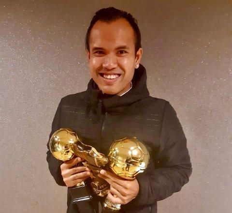 RENT BORD: Narongdet Solbakken (27) fikk priser for en sterk sesong for Gran.
