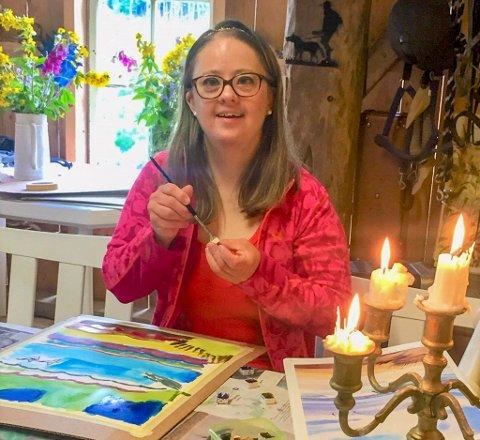 Victoria Titt har alltid vore flink med fargar og elskar både teikning og maling.