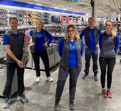 NYTT: I dag er G-Max historie, og Intersport har tatt over. Fra venstre: Frank Jensen, Julie Pettersen, Vivian Benjaminsen, Peter Eriksen og Karoline Johansen.
