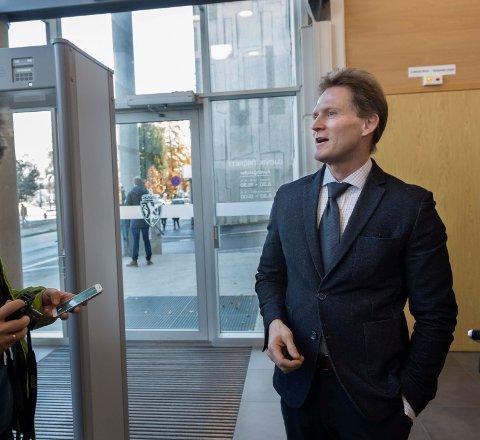FORSVARER: Advokat Arnor Ilstad mener siktelsen mot en kvinne på Dokka er for tynn, selv om hun var til stede der  drapet skjedde da det skjedde. Arkivbilde