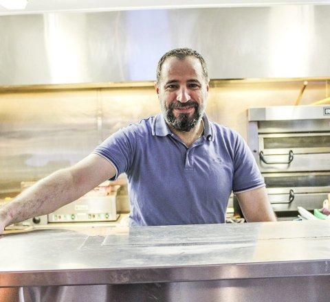 SATSER TO STEDER SAMTIDIG: Pub på Teie og restaurant på Hvasser. Ali Hasan Alhaj har store planer for tiden.