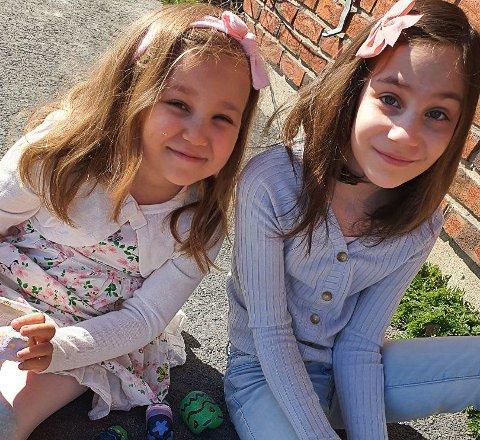 Nea Marie og Pia Emeline er mesterhjernene bak påskeeggjakten.