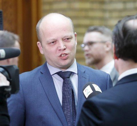 KRITIKK: Sp-leder Trygve Slagsvold Vedum bør vente med sin kritikk. FOTO: NTB SCANPIX
