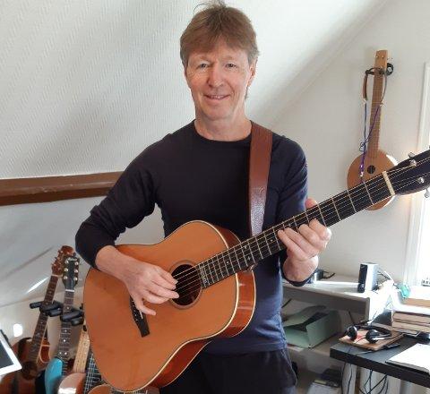 TILBAKE: Det er 35 år sidan sist Gudmund Rydning gav ut plate - nå speler han dei nye songane sine på konsert i heimbyen Jørpeland.