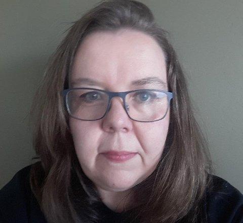 NY JOBB: Gunn Kristin stod utan jobb og sleit med å kome seg inn i arbeidslivet igjen. Då kom løysninga som ho anbefaler varmt til andre i same situasjon.