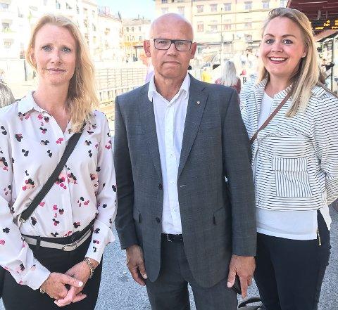VANT IKKE FRAM: Miljørådgiver og enhetsleder for kommuneutvikling i Horten, Trude Movig (f.v.), leder hovedutvalg for samferdsel og areal i Vestfold fylkeskommune, Hans Hilding Hønsvall og rådgiver Samferdsel i VFK, Linda Ehnmark.