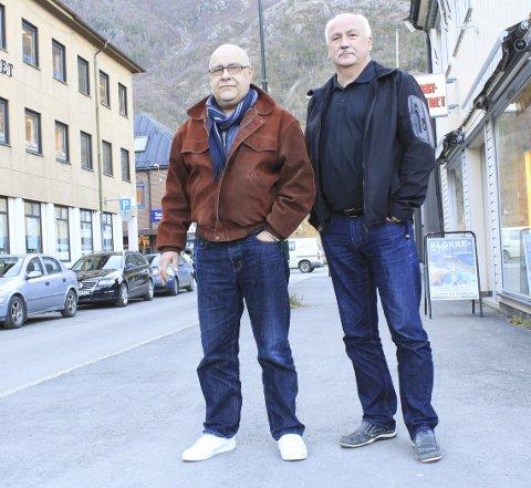 POSITIVT: Kirkeverge Ernst Hegdal og prosjektleder Odd Idar Teigen har fått kun positive tilbakemeldinger på planene om å bygge et krematorium i Mosjøen. Foto: Jon Steinar Linga